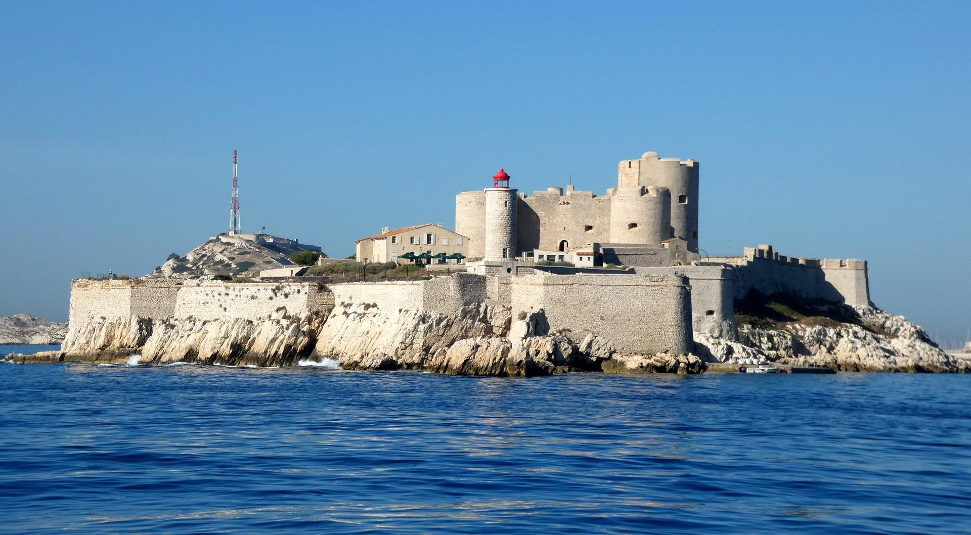 Insel Vor Marseille 2 Buchstaben